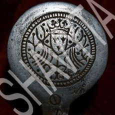 Antigüedades: ANTIGUO OBJETO RELIGIOSO PARA HOSTIAS / OSTIAS HOSTIARIO HIERRO. Lote 38656577