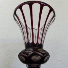 Antigüedades: JARRON DE CRISTAL DE BOHEMIA TRANSPARENTE Y ROJO. Lote 38700846