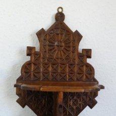 Antigüedades: MENSULA ANTIGUA DE MADERA TALLADA. Lote 38701962