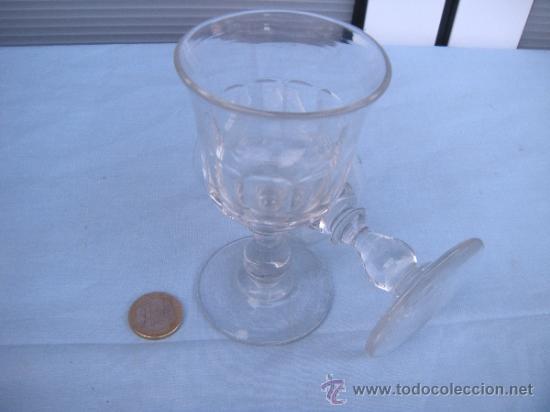 Antigüedades: ANTIGUA COPA FACETADA EN CRISTAL DE SANTA LUCÍA, CARTAGENA. MURCIA. LOTE DE 2 - Foto 3 - 38754497