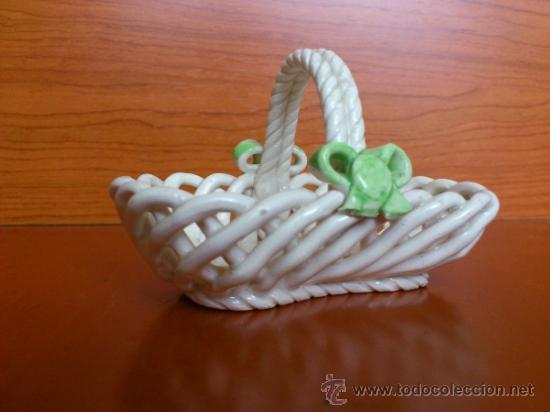 Antigüedades: Cesta con setas en ceramica vidriada, hechas y pintadas a mano - Foto 11 - 38734326