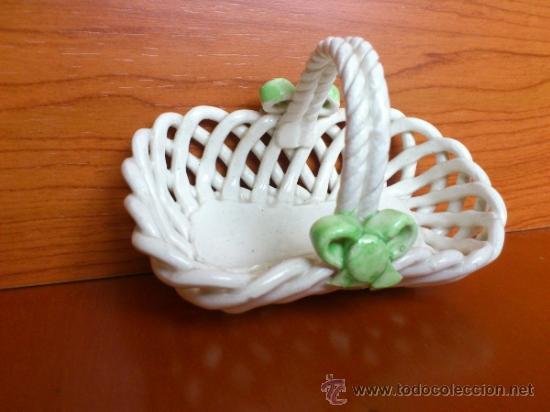 Antigüedades: Cesta con setas en ceramica vidriada, hechas y pintadas a mano - Foto 10 - 38734326