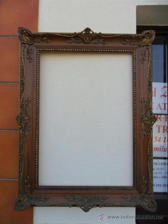 Marco en madera y pasta para espejo o cuadro vendido en for Disenos de marcos de madera para espejos