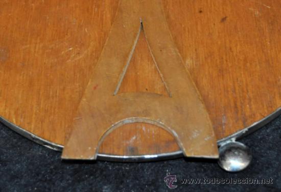 Antigüedades: PRECIOSO ESPEJO DE SOBREMESA EN PLATA REPUJADA Y ESPEJO BISELADO. CIRCA 1950 - Foto 7 - 38862913