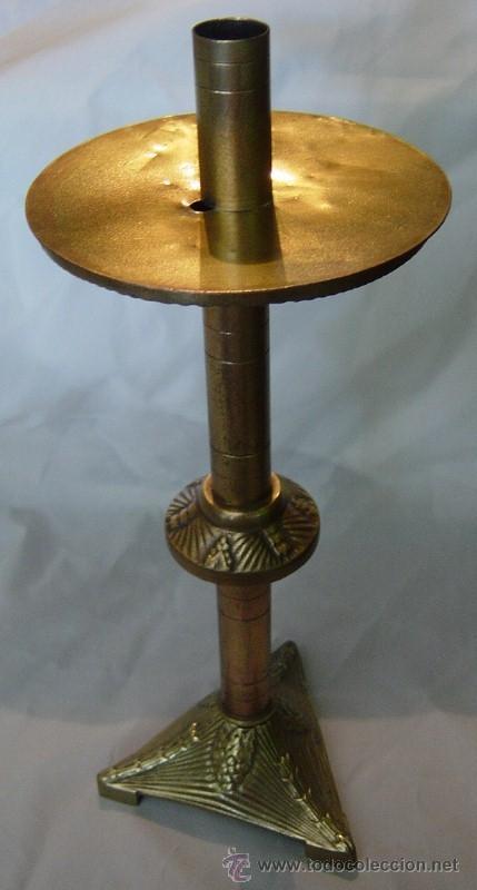 CANDELABRO DE ALTAR DE BRONCE /SIGLO XIX (Antigüedades - Iluminación - Candelabros Antiguos)