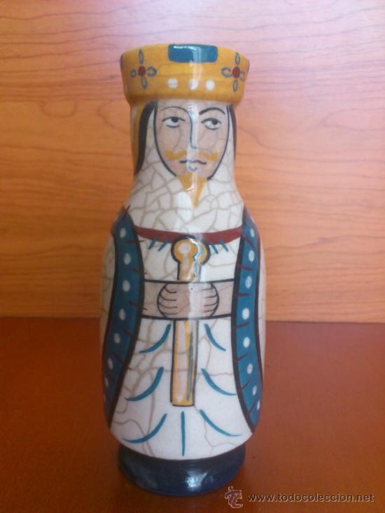 Antigüedades: Pareja de reyes medievales en terracota de esmalte vidriado sobre peana de madera ( La Morisma ) - Foto 16 - 38813625