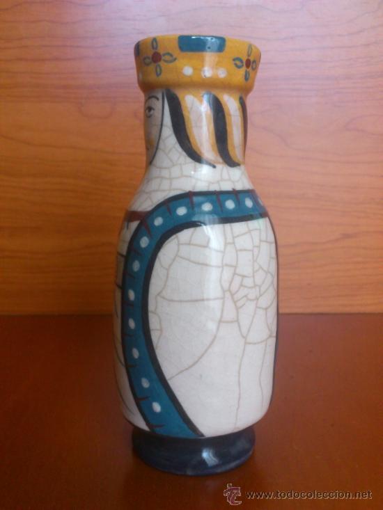 Antigüedades: Pareja de reyes medievales en terracota de esmalte vidriado sobre peana de madera ( La Morisma ) - Foto 17 - 38813625