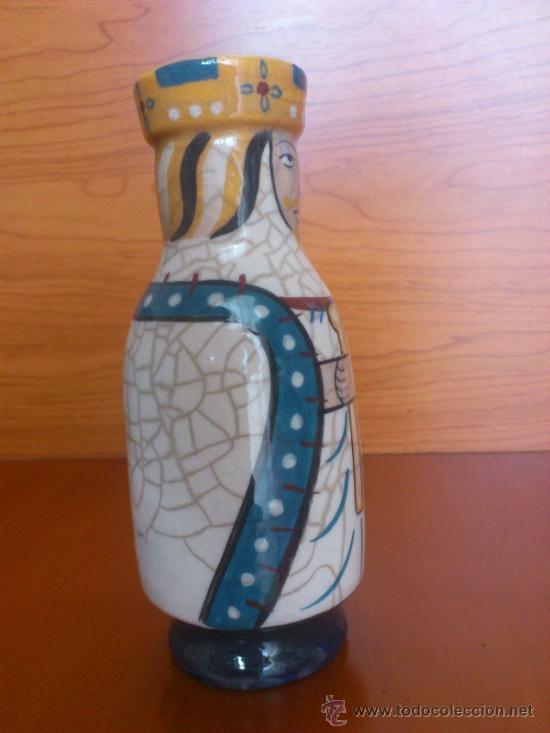 Antigüedades: Pareja de reyes medievales en terracota de esmalte vidriado sobre peana de madera ( La Morisma ) - Foto 19 - 38813625
