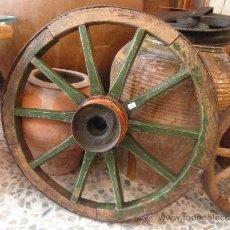 Antigüedades: BONITA RUEDA DE CARRO DE 56 CM DIÁMETRO !!!. Lote 38819368