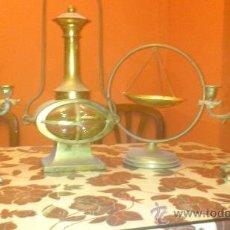 Antigüedades: CONJUNTO DE CANDELABROS, FAROL Y SEMILLERO EN METAL BRONCE ORO. Lote 38863848