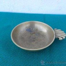 Antigüedades: CENICERO DE METAL. Lote 38884049