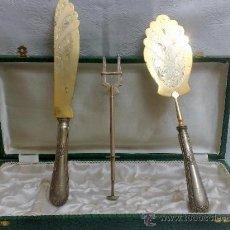 Antigüedades: ANTIGUO ESTUCHE DE CUBIERTOS PARA POSTRES.. Lote 38892405