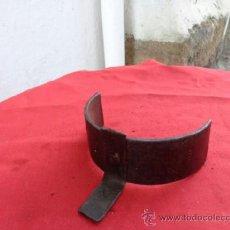 Antigüedades: ARRIMADOR SESOS, CANTO DE FUEGO CINCELADO CF-20. Lote 38897702