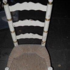 Antigüedades: SILLA RUSTICA EN BLANCO Y DORADO. Lote 38950127