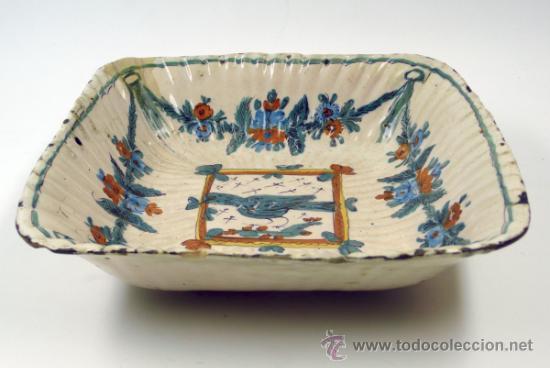 ANTIGUO FRUTERO DE RIBESALBES O VALENCIANO DE CERÁMICA, 23X23 CM. (Antigüedades - Porcelanas y Cerámicas - Ribesalbes)