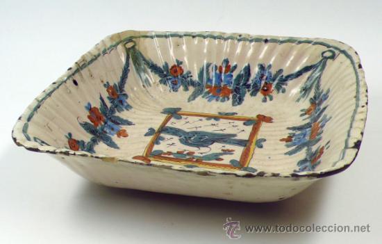 Antigüedades: Antiguo frutero de Ribesalbes o valenciano de cerámica, 23x23 cm. - Foto 6 - 38950967