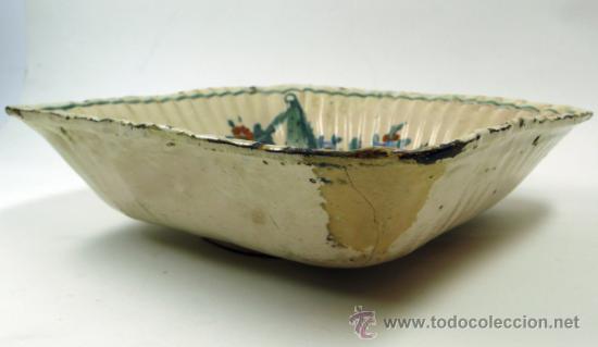 Antigüedades: Antiguo frutero de Ribesalbes o valenciano de cerámica, 23x23 cm. - Foto 2 - 38950967