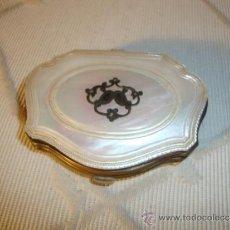 Antiquitäten - EXCELENTE MONEDERO ANTIGUO REALIZADO EN NACAR Y SEDA. - 49999888