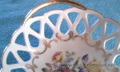 Antigüedades: Precioso cuenco bombonera porcelana calada . Marca P M MADE IN GDR. - Foto 3 - 39623077