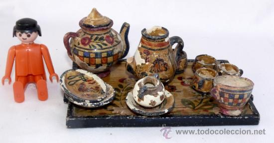 Antigüedades: JUEGO MUY ANTIGUO JUEGO CAFE Y BANDEJA MADERA EN BARRO CERAMICA MANISES MINIATURA PINTADO A MANO - Foto 4 - 39043081