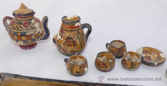 Antigüedades: JUEGO MUY ANTIGUO JUEGO CAFE Y BANDEJA MADERA EN BARRO CERAMICA MANISES MINIATURA PINTADO A MANO - Foto 5 - 39043081