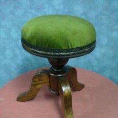 Antigüedades: BANQUETA NOGAL TABURETE PIANO RESTAURADO. Lote 39044140