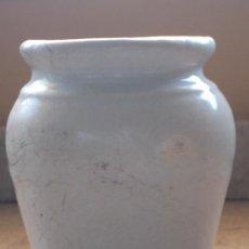 Antigüedades: PEQUEÑO TARRO, OLLA U ORZA DE FARMACIA, EN CERAMICA. MANISES. PPOS. SIGLO XX.. Lote 39063309