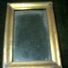 Antigüedades - Pequeño marco dorado. Ideal para las pinturas en miniatura. - 39083007