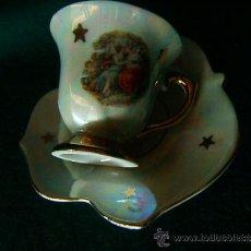Antigüedades: UNA TAZA Y PLATITO DE CAFE+PORCELANA VIDRIADA+PRECIOSO GRABADO Y ESTADO+MADE IN GERMANY+1960 ?. Lote 39182984