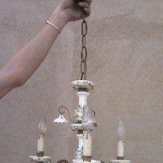 Antigüedades: ANTIGUA LAMPARA DE PORCELANA ELABORADA A MANO DE LOS AÑOS 20.SIGLO XX. Lote 39226043