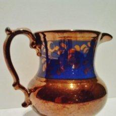 Antigüedades: JARRA DE CERÁMICA ESMALTADA DE BRISTOL, S. XIX. DECORACIÓN EN AZUL Y REFLEJO METÁLICO. . Lote 39252857