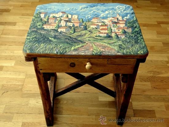 Antigüedades: mesa tocinera, con pueblo pintado, llena de encanto. - Foto 3 - 39262661