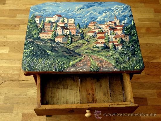 Antigüedades: mesa tocinera, con pueblo pintado, llena de encanto. - Foto 4 - 39262661