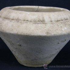 Antigüedades: CUENCO DE ALABASTRO CON GALLONES EN BOCA SIGLO XIX O ANTERIOR. Lote 39276011