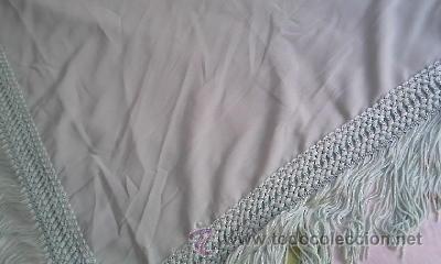 Antigüedades: Precioso pañuelo o manton de seda de color verde liso . - Foto 2 - 39284618