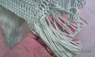 Antigüedades: Precioso pañuelo o manton de seda de color verde liso . - Foto 4 - 39284618