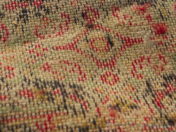 Antigüedades: Bonita y elegante alfombra para comedor o salón, en tonos rojos y crema, de conservación - Foto 7 - 39308686