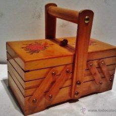 Antigüedades: CABÁS ARTICULADO DE MADERA DECORADA. EN EL INTERIOR 3 COMPARTIMENTOS.. Lote 39394818