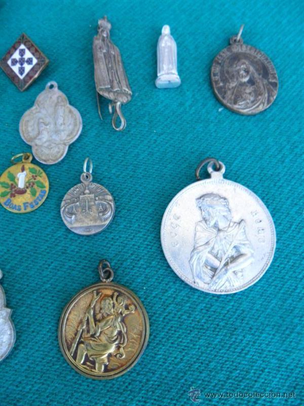 Antigüedades: 22 medallas religiosas - Foto 2 - 39405601