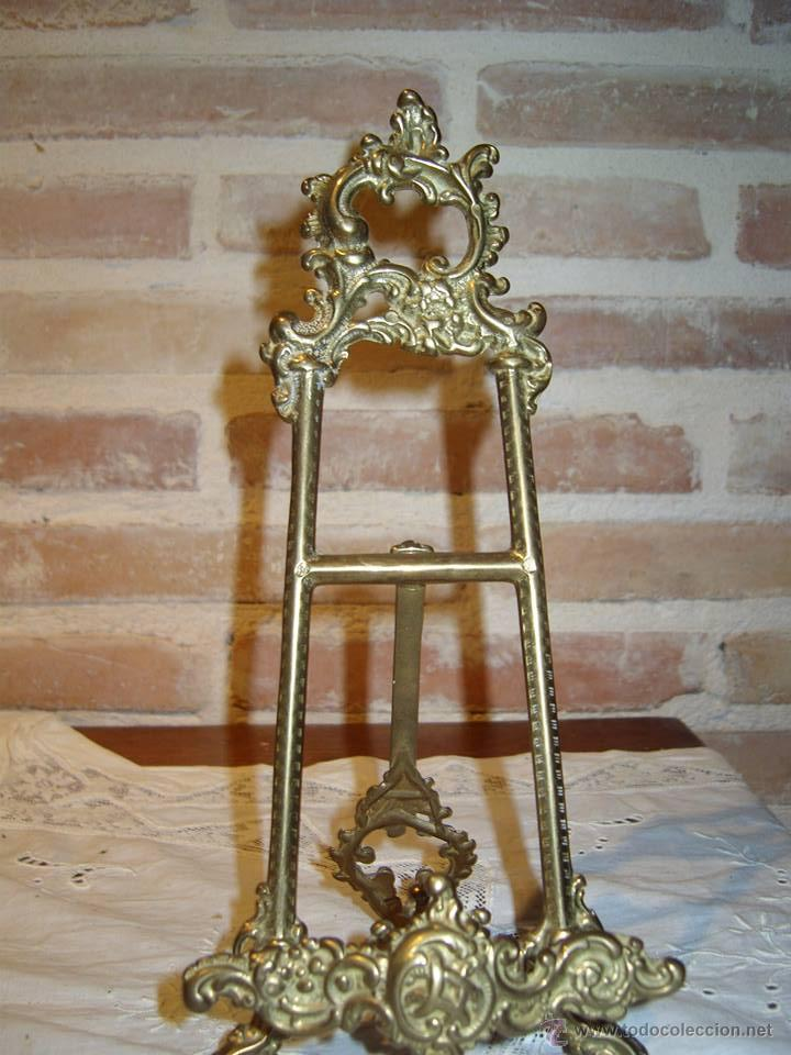 Antiguo atril para libro en bronce repujado comprar en todocoleccion 37483643 - Atril decoracion ...