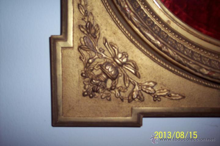 Antigüedades: EXTRAORDINARIO MARCO CON CRISTAL OVALADO FINALES DEL XVIII - Foto 2 - 39451856