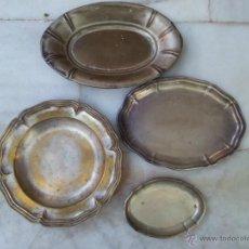 Antigüedades: LOTE DE CUATRO BANDEJAS EN METAL PLATEADO . Lote 39579367