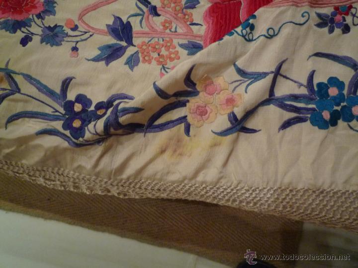 Antigüedades: Magnifico manton de Manila Bordado a mano antiguo - Foto 7 - 39496186