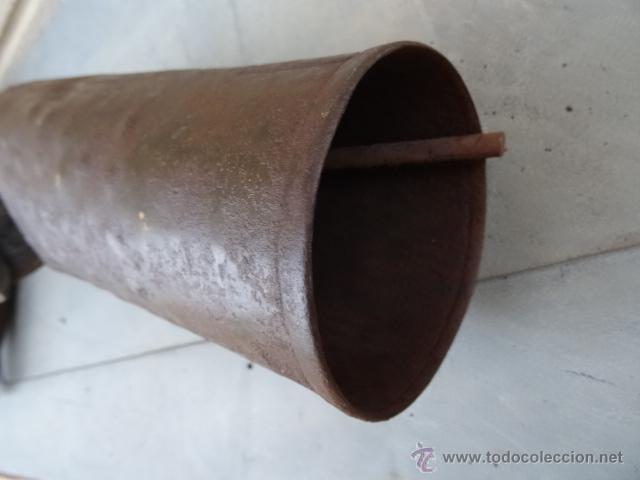 Antigüedades: ENORME CENCERRO CON COLLAR DE MADERA - Foto 4 - 39528662