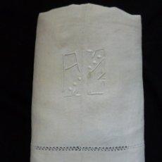 Antigüedades: ANTIGUA SÁBANA DE LINO CON COSTURA CENTRAL INICIALES A.C. S. XIX. Lote 39595320