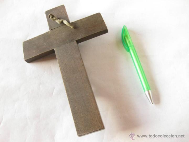 Antigüedades: Crucifijo en madera y estaño o plomo. - Foto 2 - 39635106