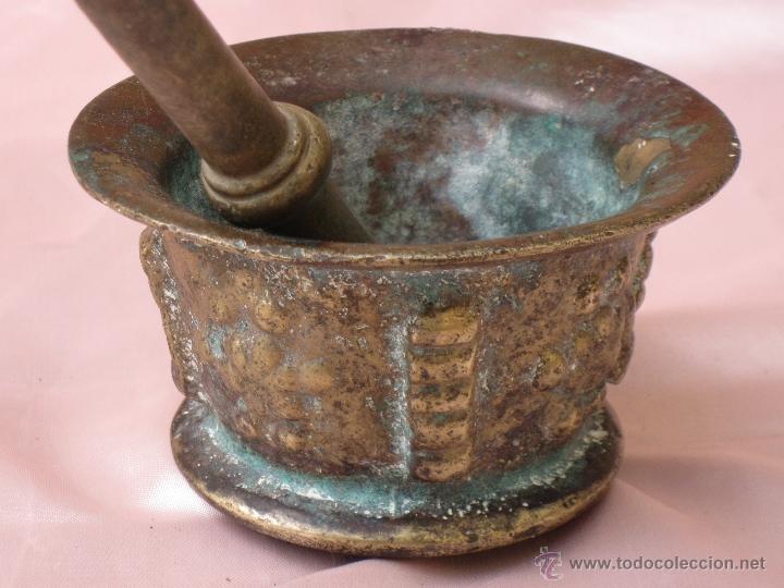Antigüedades: ALMIREZ Y MANO MUY ANTIGUOS EN BRONCE. - Foto 3 - 39678639
