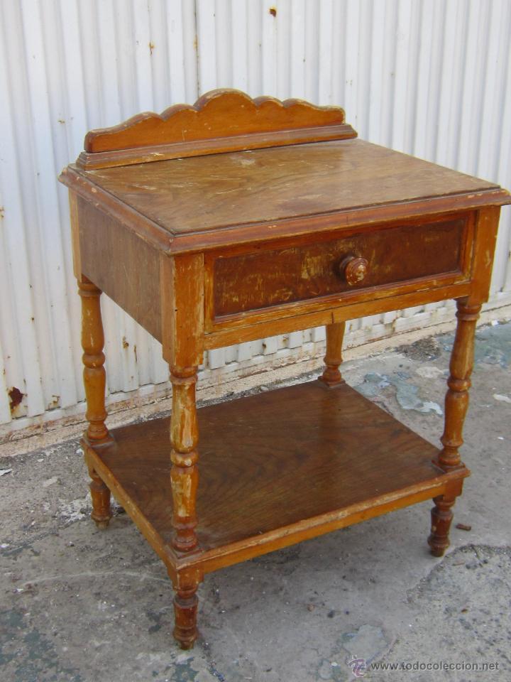 Mesilla de madera para restaurar comprar muebles for Muebles antiguos vintage