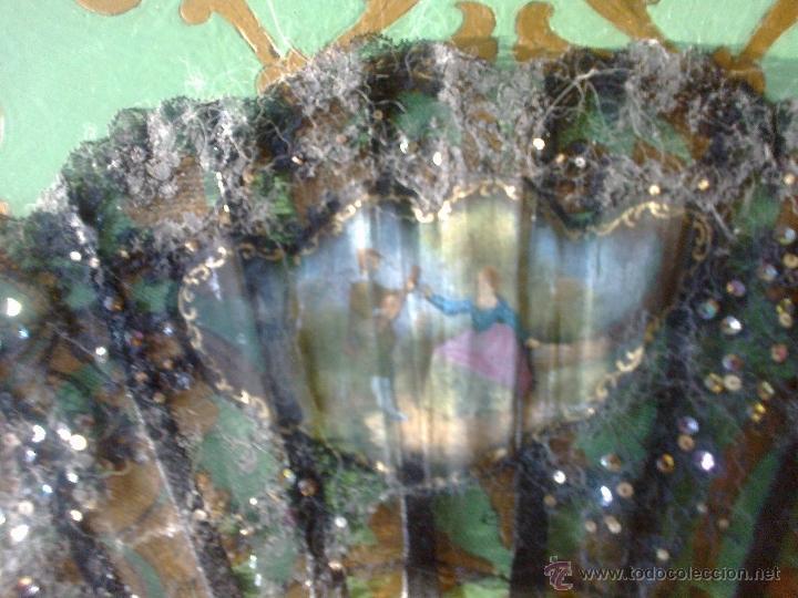 Antigüedades: ANTIGUO ABANICO DE BAQUELITA BLANCA DE FINALES DE 1800, MIDE 50 CMS. - Foto 3 - 39698967