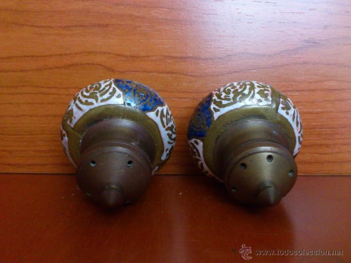 Antigüedades: Juego antiguo tailandes en bronce de palillero, salero, pimentero y bandejita esmaltados - Foto 9 - 39725428